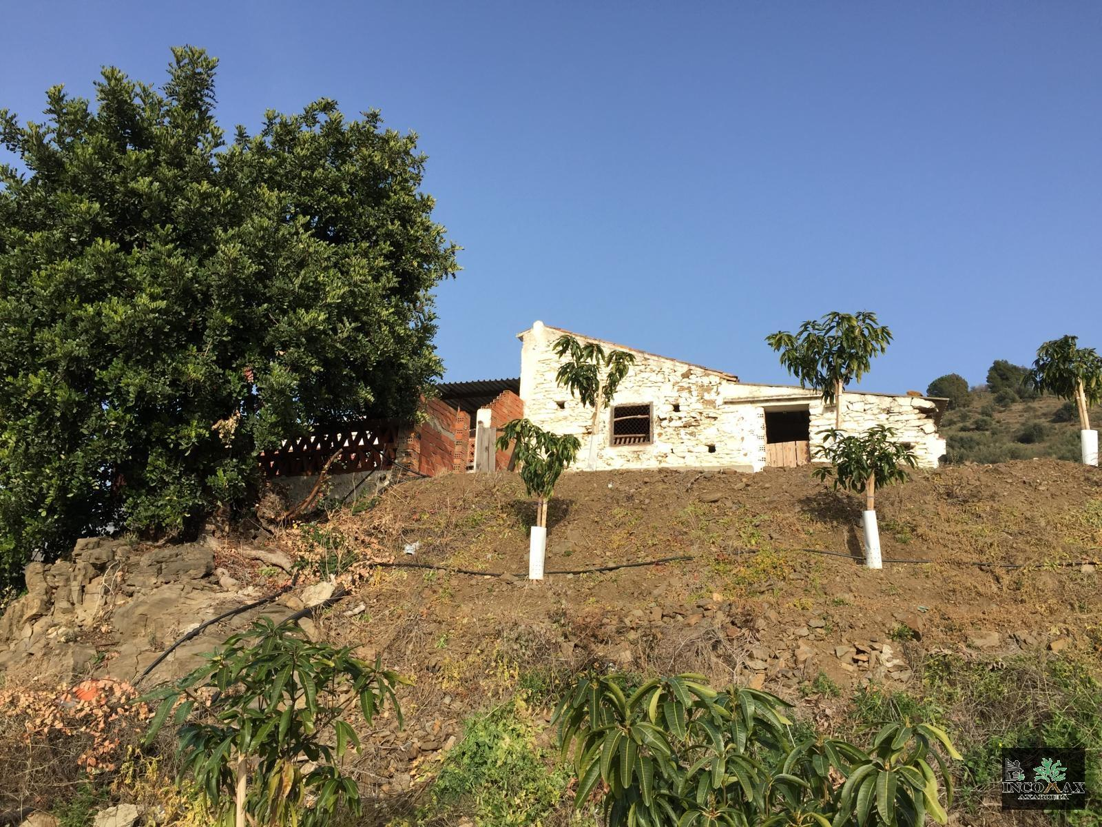Country Properties for sale in LOS VADOS (Arenas), 200 000