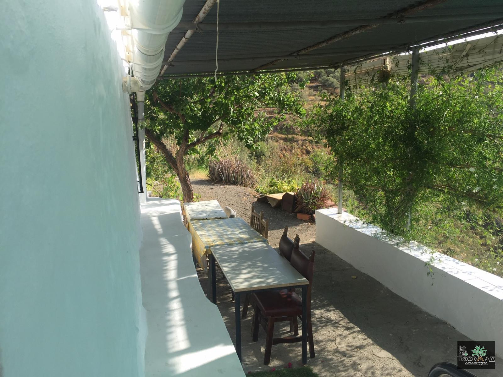 Country house for sale in Algarrobo, 96.000 € (Ref.: A-412)